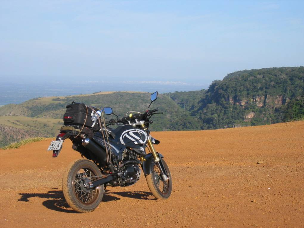 Nice view from the Chapada dos Guimarães - MT lookout. Far in the horizon we see Cuiabá - MT.