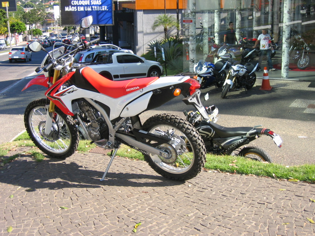 Honda CRF 250L (now being unveiled in Brazil) and my Sundown STX Motard on the 11th of May, 2013.